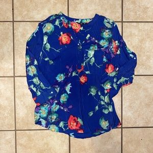 Large floral top